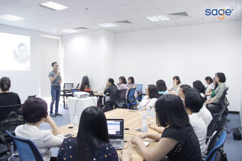 tong-quan-ve-marketing-ky-nang-tra-loi-tren-mxh-cho-cong-ty-vinaphone01