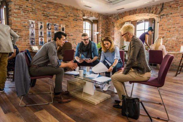 4 chiến lược quản trị nhân sự doanh nghiệp cho từng giai đoạn phát triển